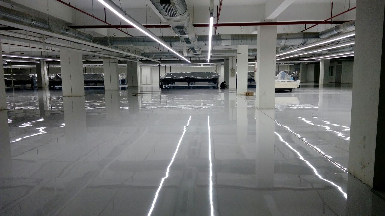 Self-Levelling-Epoxy-Flooring